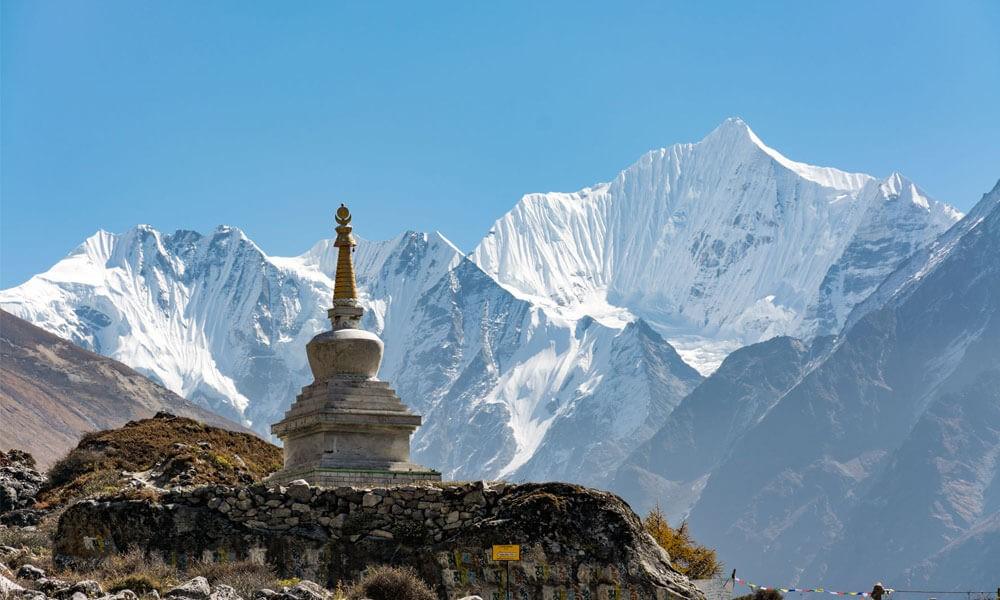 stupa-in-langtang