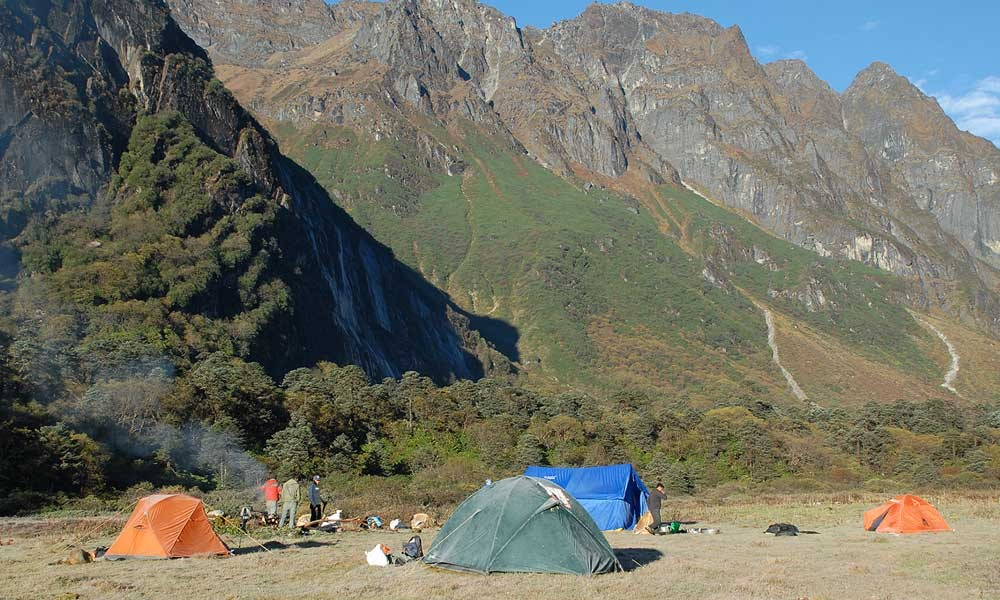 Makalu Base Camp Trek best time