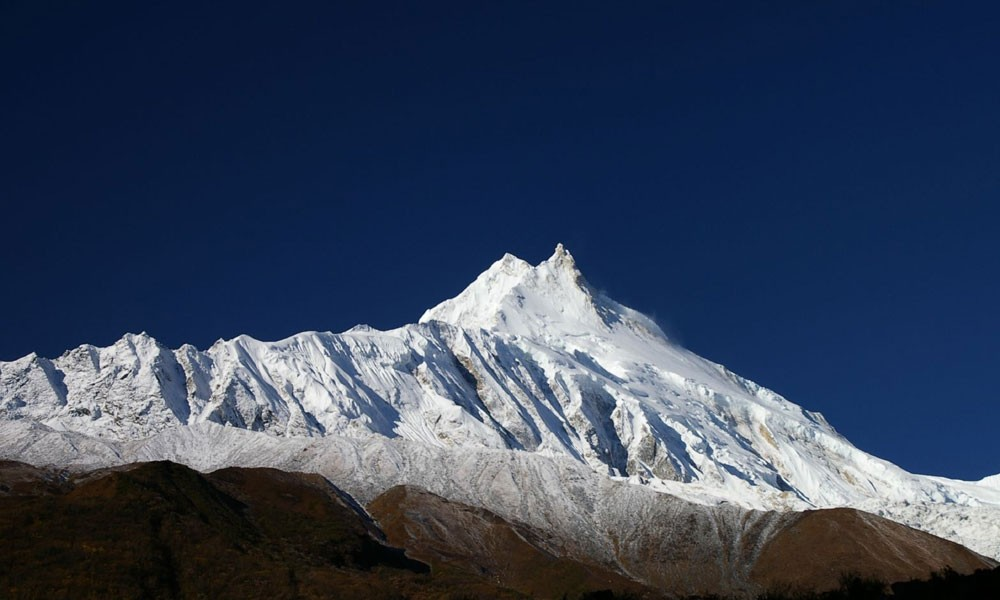 manaslu trek in may